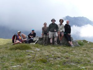 Pictures of Cheneil - Hiking in group, high in the Alps