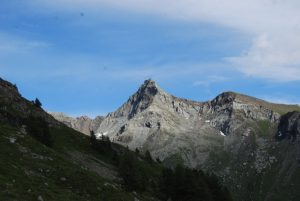 pictures of Cheneil Mountain peak