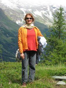 Pictures of Cheneil - Enjoying fresh air in the Alps